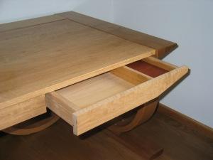 Ring Desk